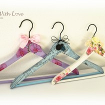 Decoupage Coat Hanger Flowers & Bows 4